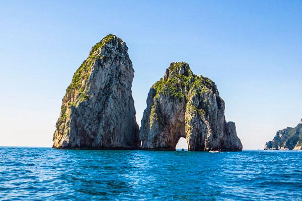 faraglioni-boat-tour